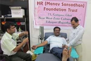 blood-donation-camp-hrfoundation-4