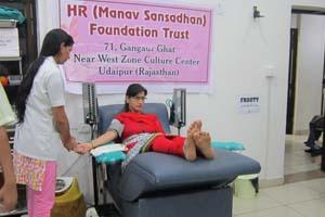 blood-donation-camp-hrfoundation